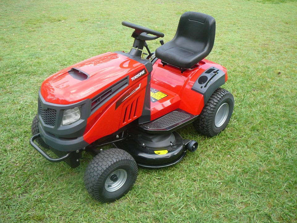 Xct98s 13 5hp Ride On Lawn Mower With 38 Quot Cut
